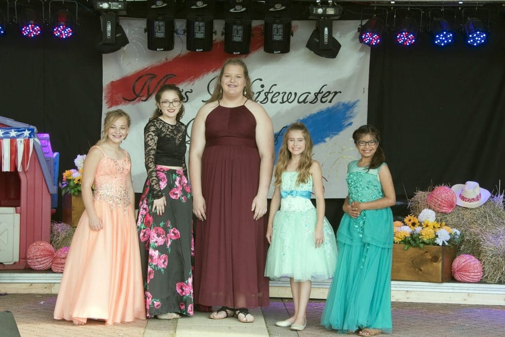 JU8_3449 - Miss WW 7-1-18 - Junior Miss formal wear (R6)