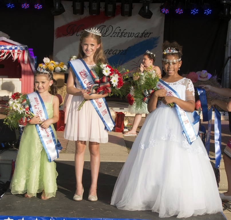 JU8_3697 - Miss WW 7-1-18 - Little Miss winners (R6)